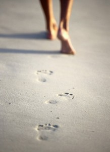 barefoot_sand_729-420x0